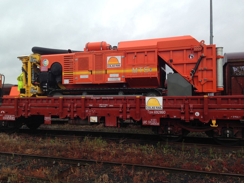 Aspirator excavator MTS Dino Rail | Agriculture Jurop Group