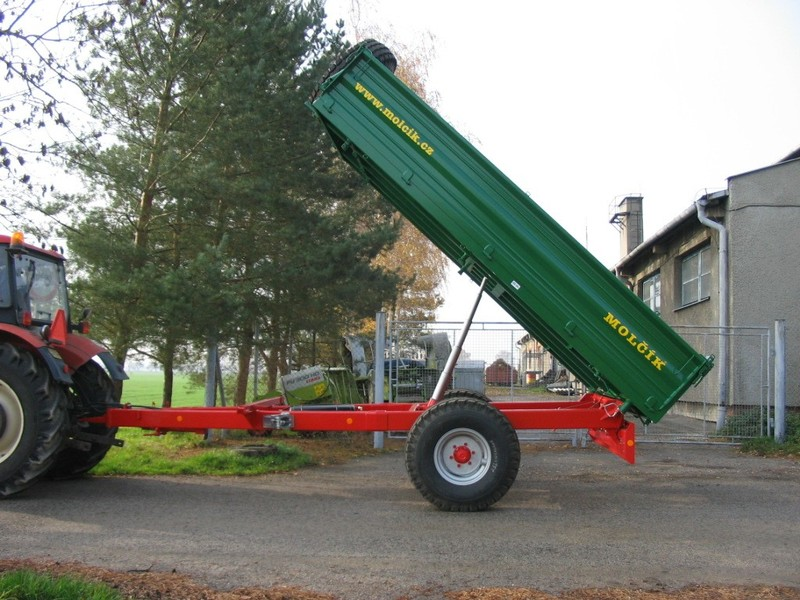Remorca Molcik EDK 6500 – basculabila trilateral | Agriculture Jurop Group