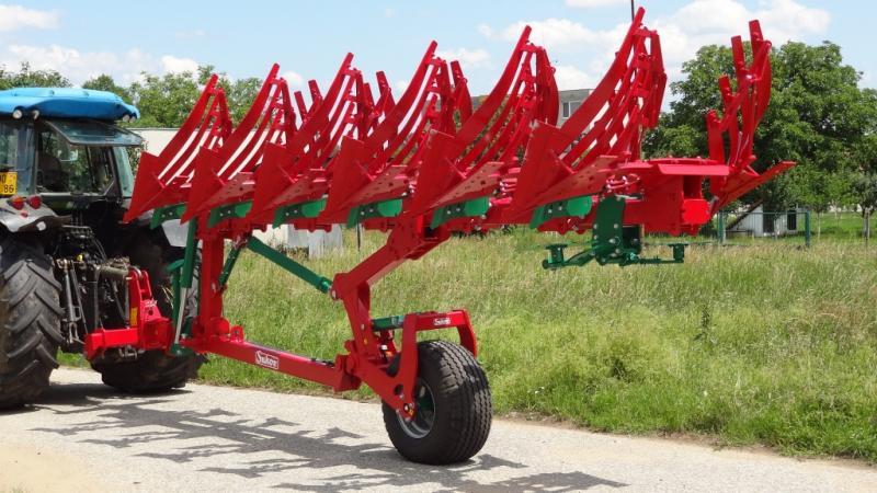 Plug ArcoAgro 140 - reversibil | Agriculture Jurop Group